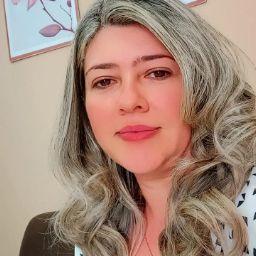 Leila Araújo