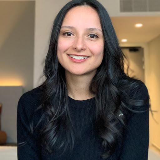Adriana De Oro