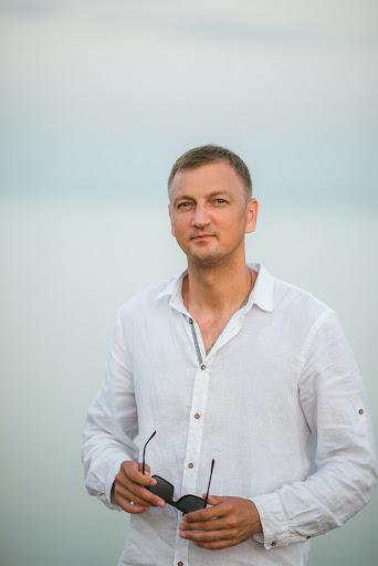 Александр Демковский