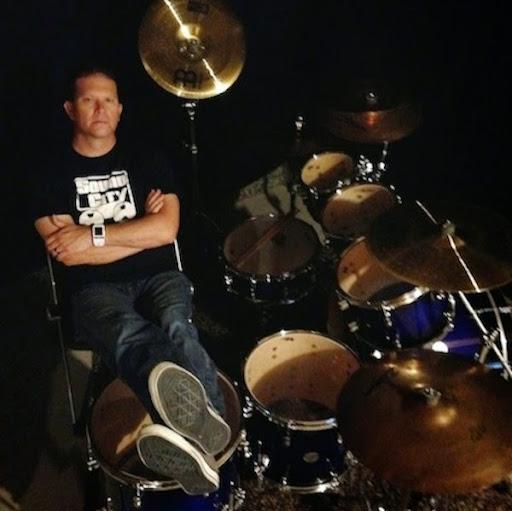 Erik Burton
