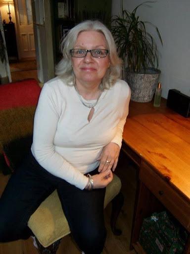 Jill Rowan