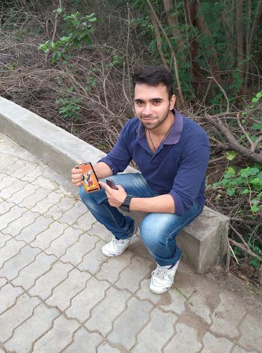 Shivam Trivedi picture