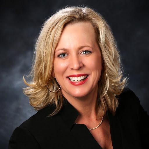 Laura Lee - Realtor - Coldwell Banker Realtor