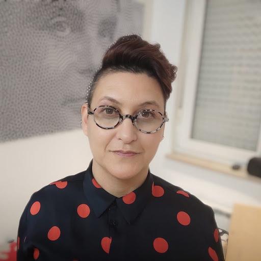 Deborah Hustic's avatar