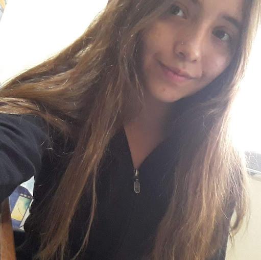 Hellen Daniela Arias Arévalo