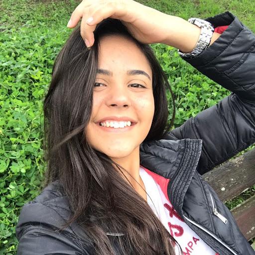 Fernanda Batista