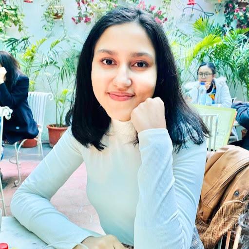 Srishti Vashistha's avatar