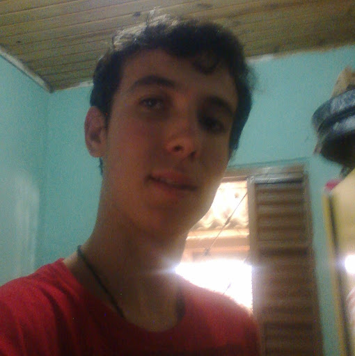 Maurício Neves Miguel