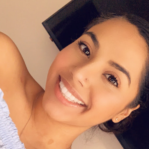 Allyson Cruz