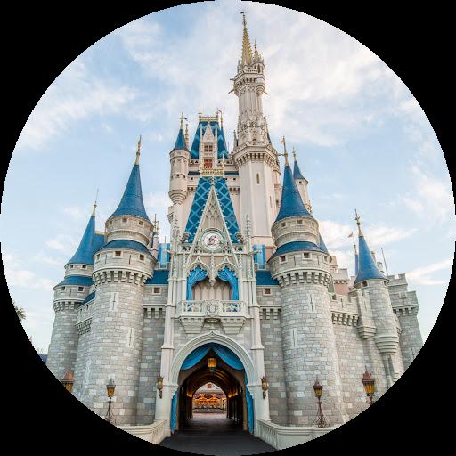 Random American girl doll and Animal crossing lover