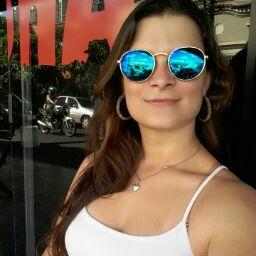 Melina Amorim