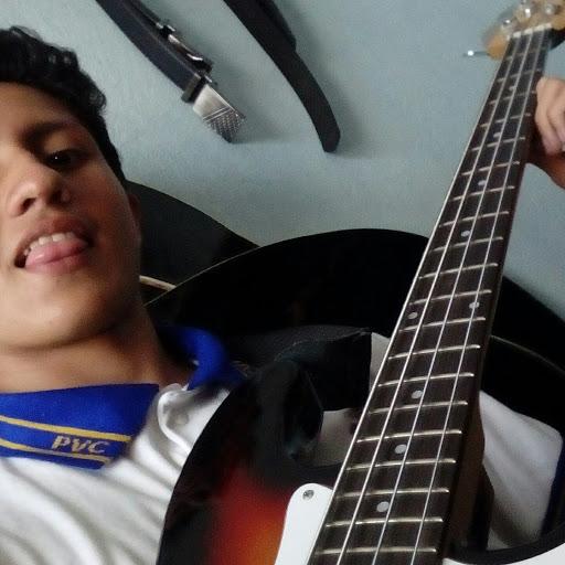 Rodrigo r n
