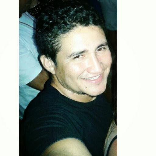 Elias Cruz