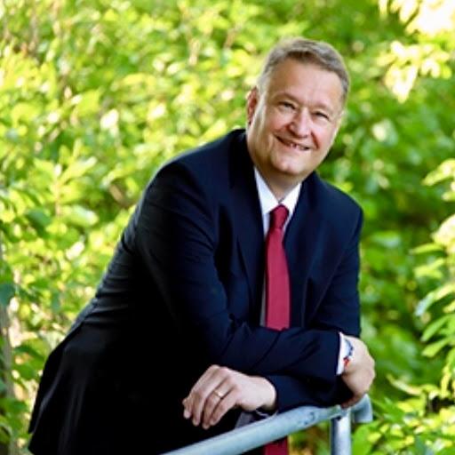 Robert Trebus
