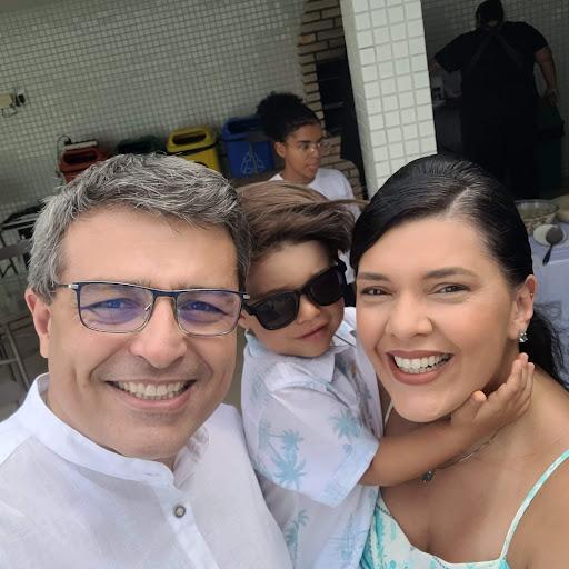 Anselmo Junior Oliveira