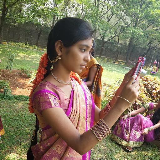 Sree Vaishnavi's avatar