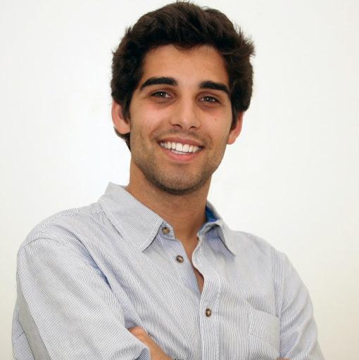 Andre Quiaios's avatar