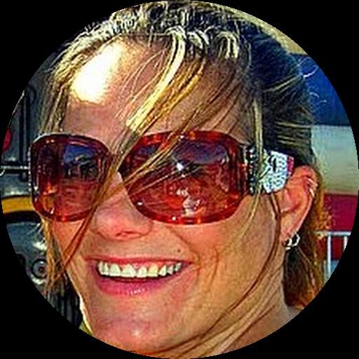 Julie McKesson