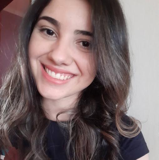 Foto de perfil de Cynthia Ribeiro
