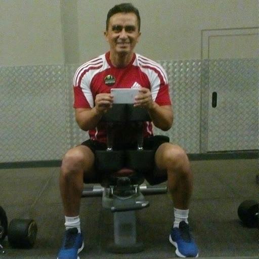 Ernesto Favian Erreyes Quezada