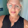 Sondra Lintelmann-Dellaripa's profile image