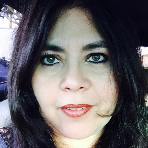 Sharon Estremadoyro