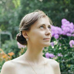 Анастасия Ложникова