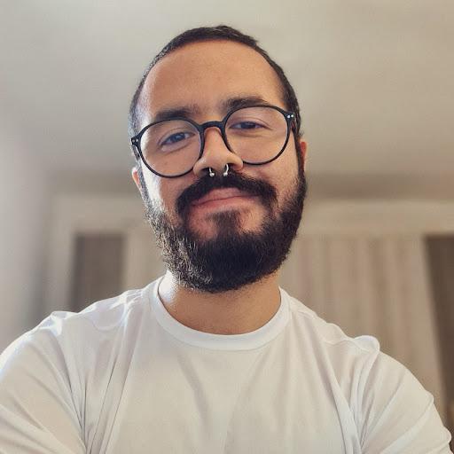Gustavo Soares picture
