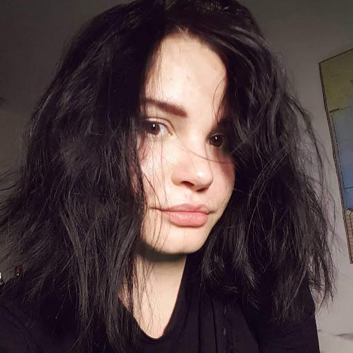 Pauline Kuzina picture