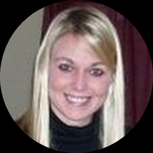 Kelsey Roth
