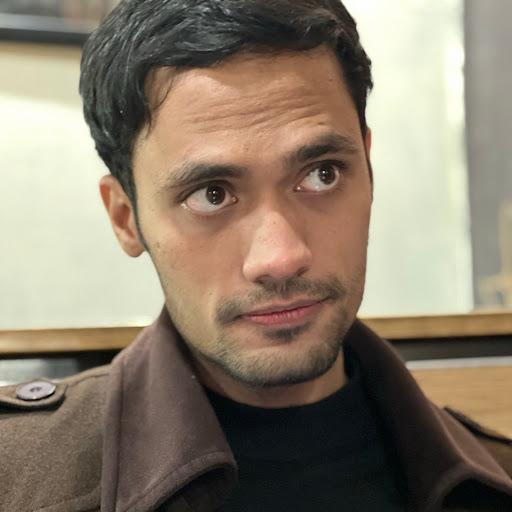 Hamza Awan