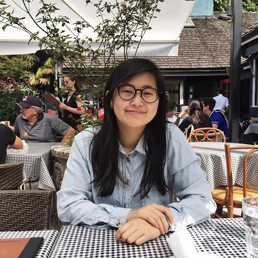 Selina Huang's avatar