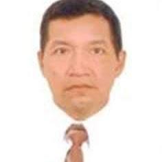 Oscar Canales Autor de Masajes Deportivos Por masajista profesional t.924620506