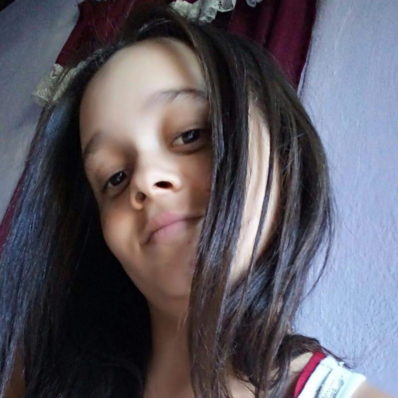 [Milena Santos]