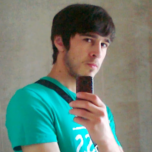 Али Патахов