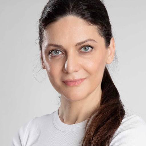 Leyla Mirmomen