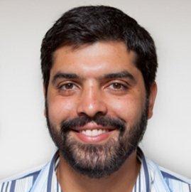 Julio Pereira's avatar