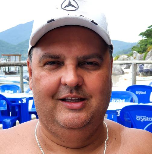 Giovanni Santos Becker