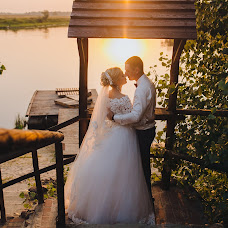 Wedding photographer Olga Kuzmina (Kuzmina). Photo of 18.10.2017
