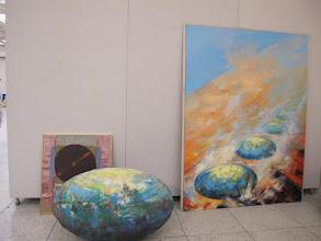 Photo: Rou3S123-151001Bucarest, Parlement, salles expo d'art, oeuvre alliant peinture et sculpture IMG_8625