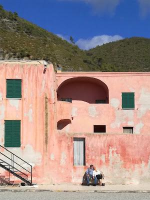 La casa rosa [i nuovi romantici] di Marta Brambilla