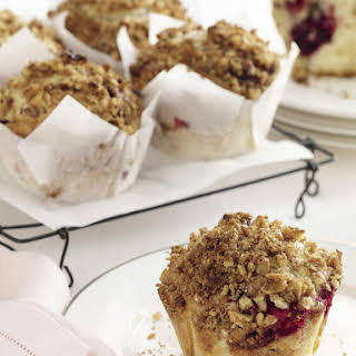 Crunchy-Topped Berry Muffins.