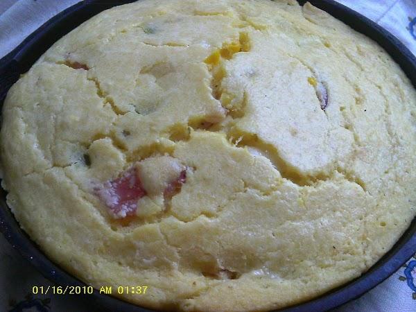 Cast Iron Smoky Bacon Jalapeno Popper Cornbread Recipe