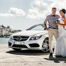 Wedding photographer Aleksandr Tikhonov (Amok). Photo of 03.10.2013