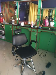 Ever Green Herbal Beauty Parlour photo 1
