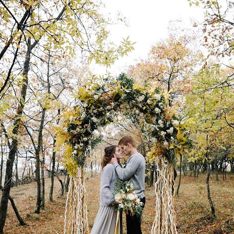 Wedding photographer Olya Valieva (panda). Photo of 23.11.2017