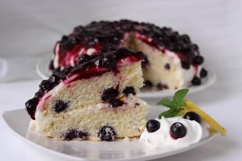 "Blueberries and Cream Cake ""Attention blueberry lovers, this blueberry cake recipe is..."