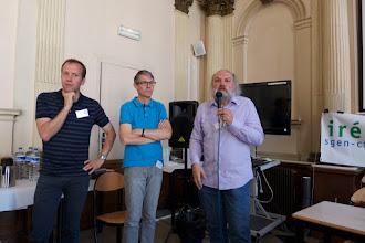 Photo: Présentation du colloque par Jean-Luc Villeneuve, président de l'Iréa, Frédéric Sève, secrétaire général du Sgen-CFDT et Bruno Lamour, secrétaire général de la Fep-CFDT