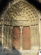 Photo: Along to the southern face now and Saint-Stephen's Portal, the entire lintel being devoted to scenes of his life and martyrdom.