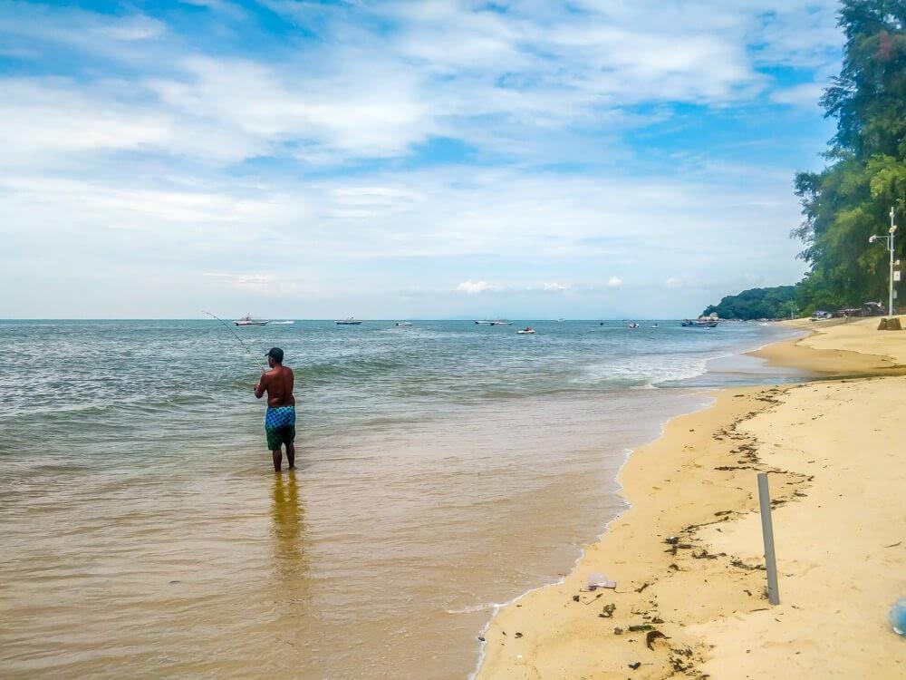 fisherman+ocean+batu ferringghi+penang+malaysia
